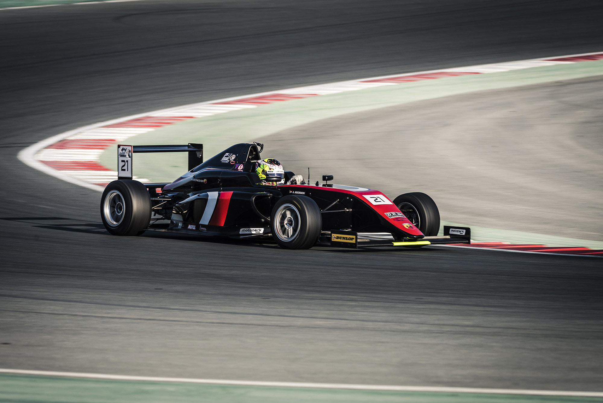 F4UAE WELCOMES NEW DRIVERS AT HALFWAY POINT OF THE CHAMPIONSHIP