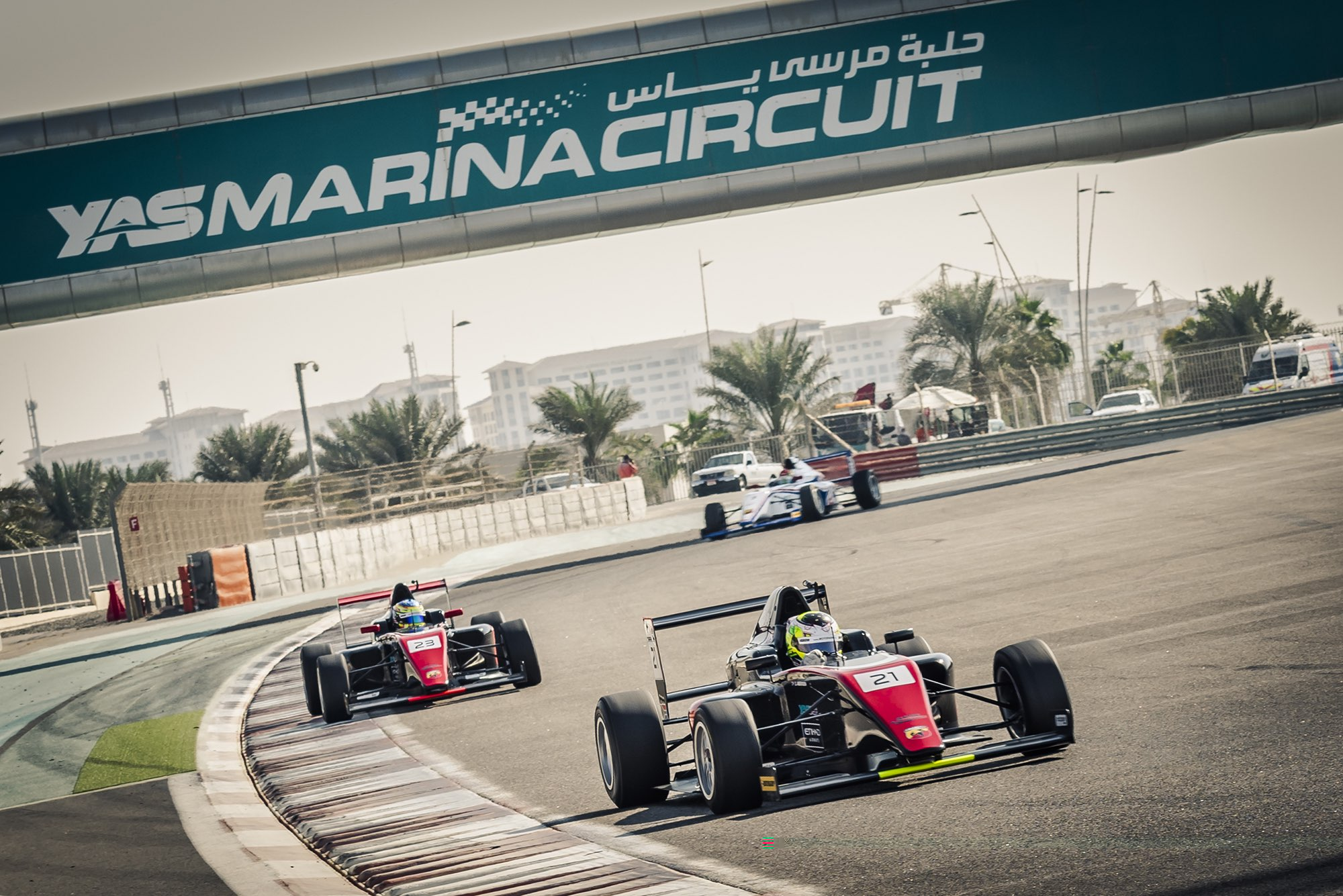 F4UAE SHARES RACING SPOTLIGHT WITH GULF 12 HOURS AT YAS MARINA CIRCUIT