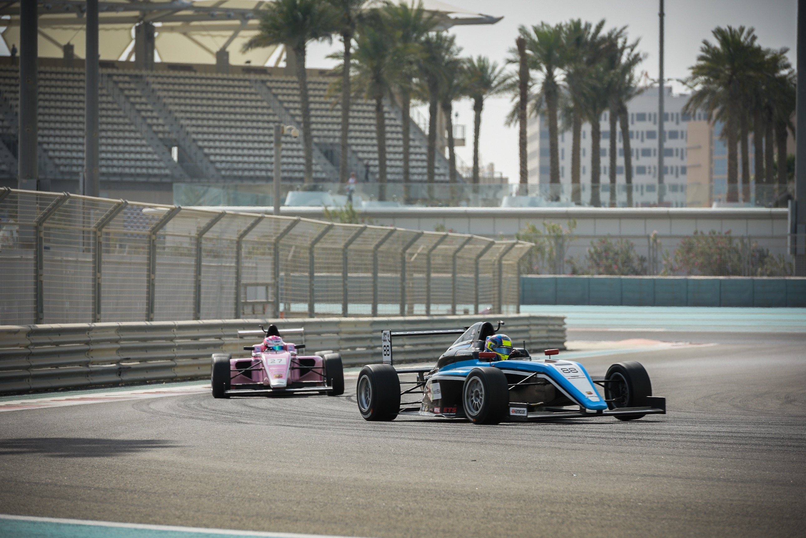 WEERTS AND SCHUMACHER LEAD FIGHT FOR F4UAE CHAMPIONSHIP TITLE IN DUBAI