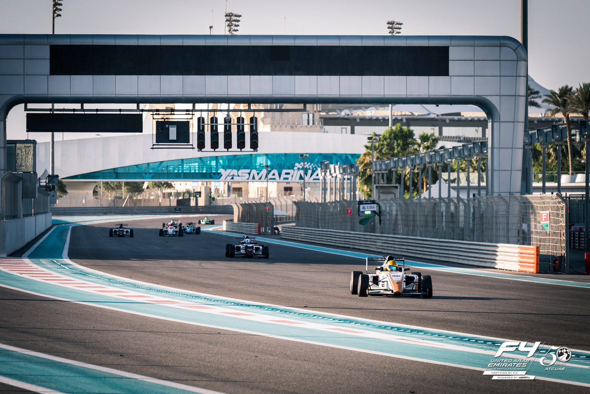 2016 12 18   F4 Second Roud   Abu Dhabi 1 Of 39