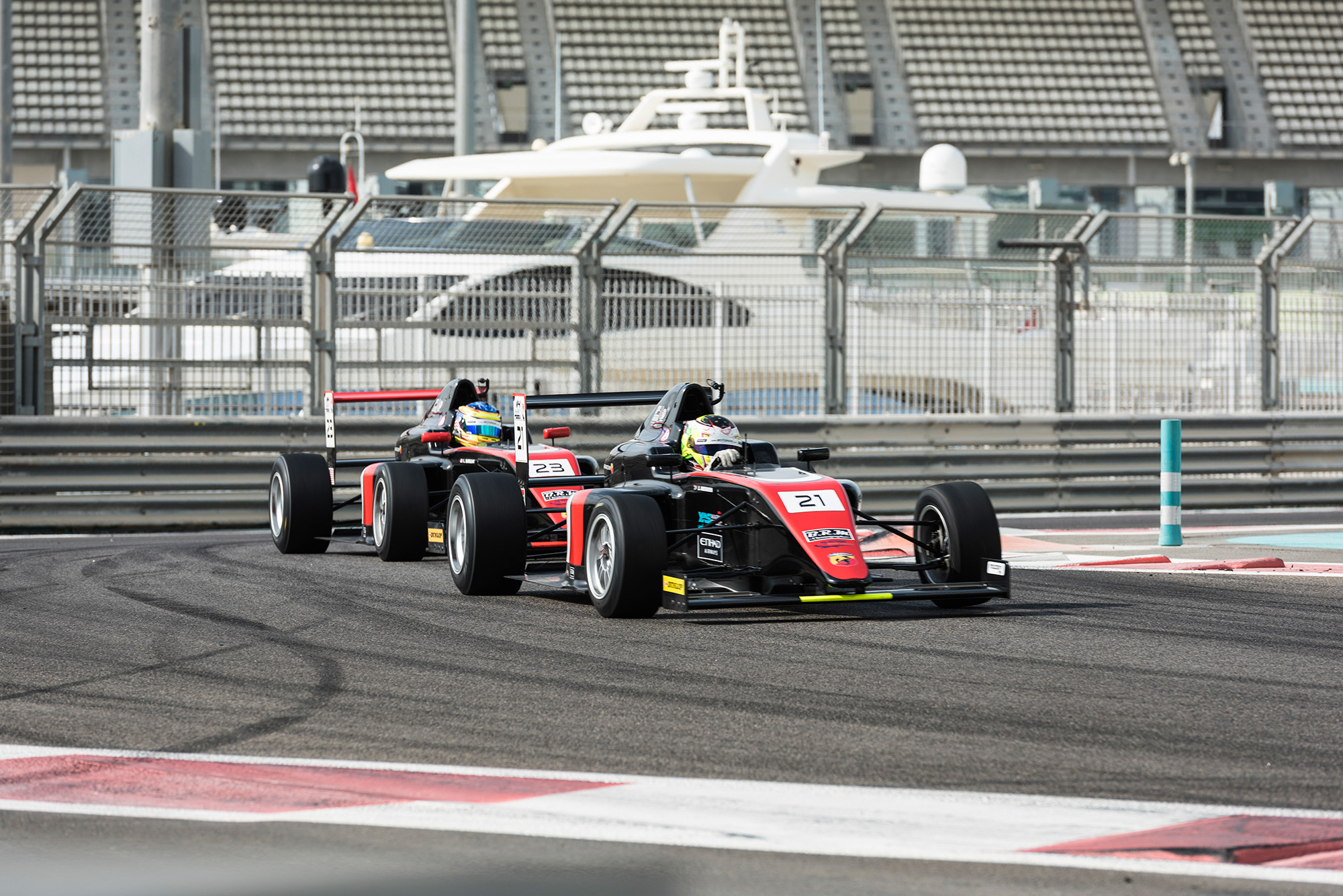 F4UAE_Round 5_Team Motopark Leaders-2.jpg